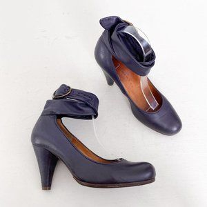 Chie Mihara Size 39 US 9 Purple Leather Ankle Wrap Buckle Cone Heel Pumps